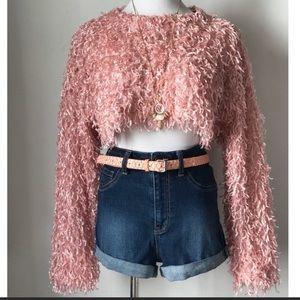 Shaggy crop Pink sweater